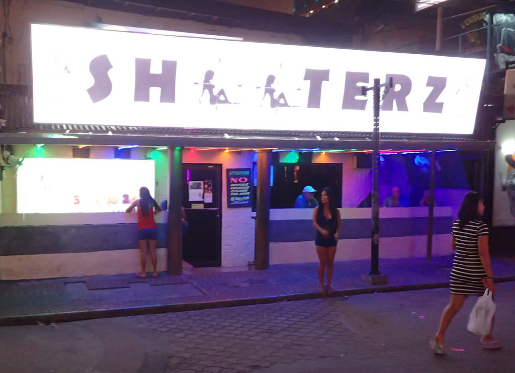 Shooterz Bars In Angeles City Philippines Bar And Nightlife